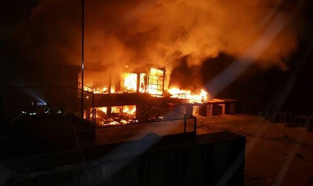 BUCHAREST CLUB BAMBOO FIRE